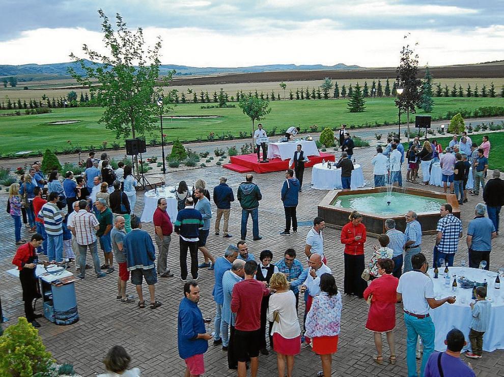 Numeroso público acudió a la presentación del nuevo complejo.