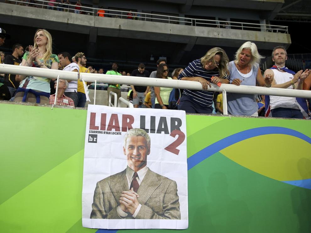 Fotomontaje de Lochte con la palabra 'mentiroso' en inglés.