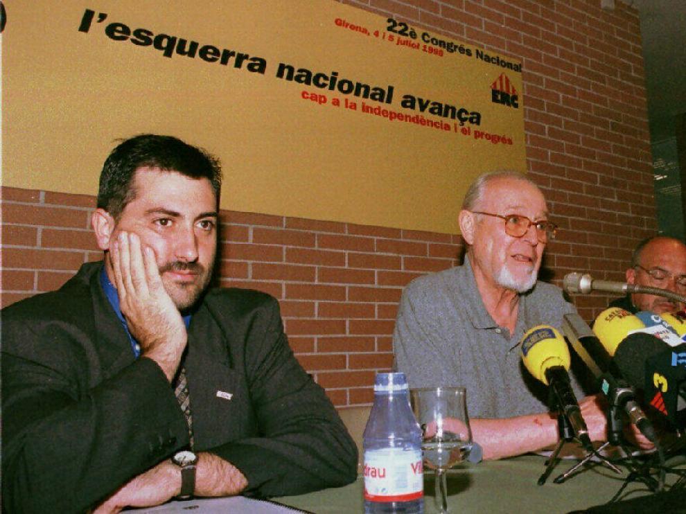 Foto archibo de Jordi Carbonell (segundo de izquierda a derecha)