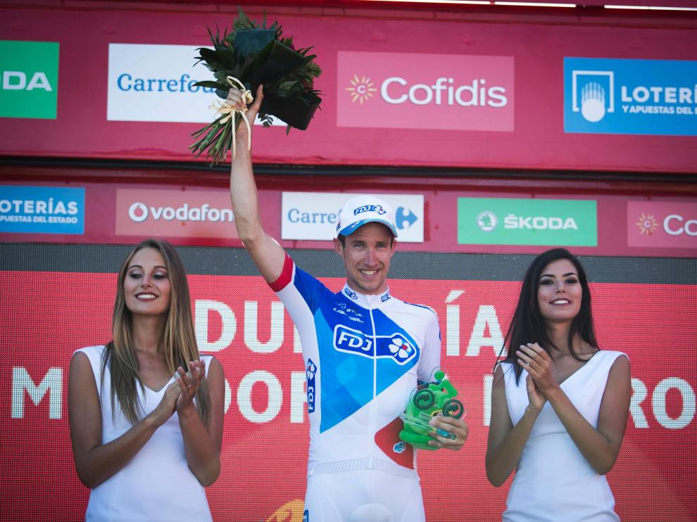 Alexandre Geniez celebra su triunfo tras ganar la Vuelta Ciclista