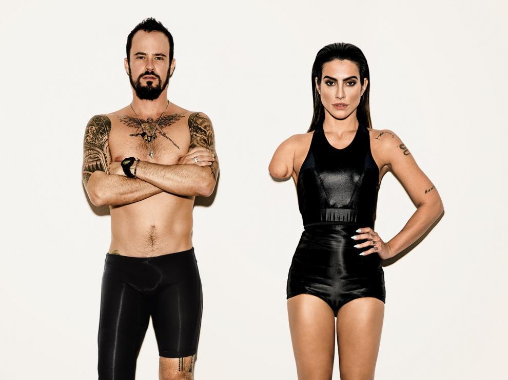 Foto de campaña con los actores Cleo Pires y Paulo Vilhena