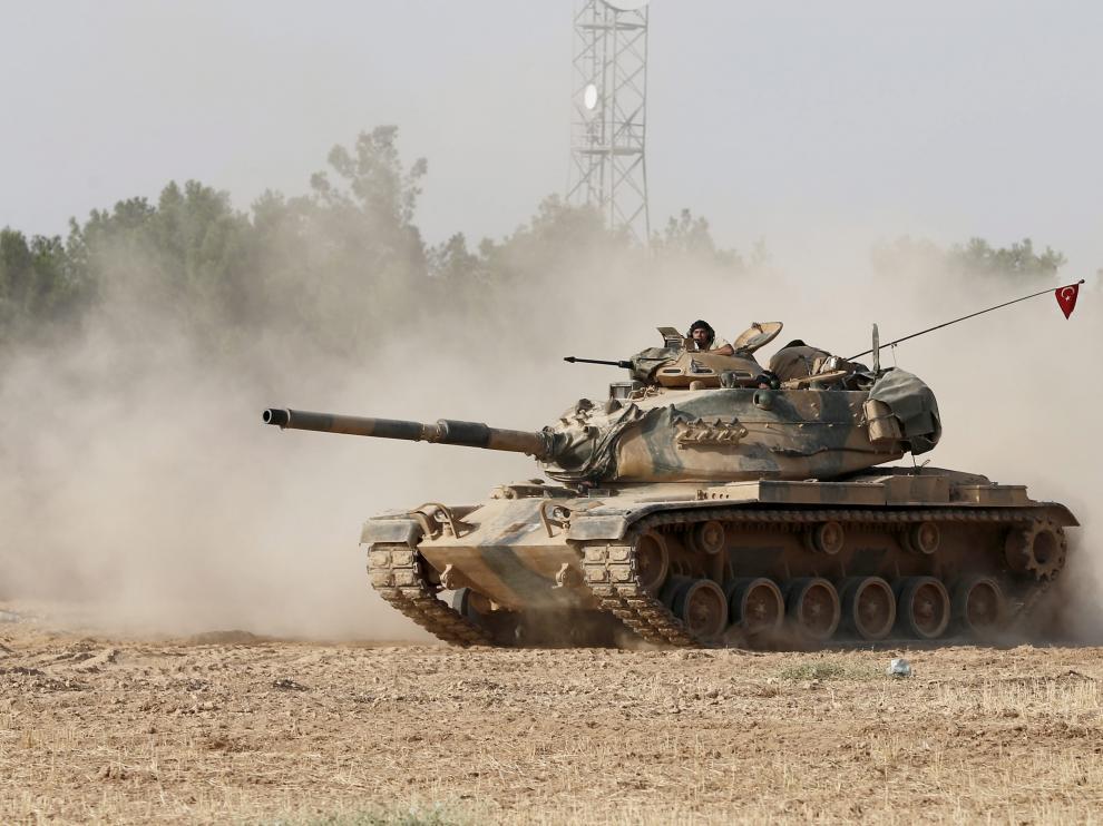 Uno de los tanques del Ejército ruso desplegados.