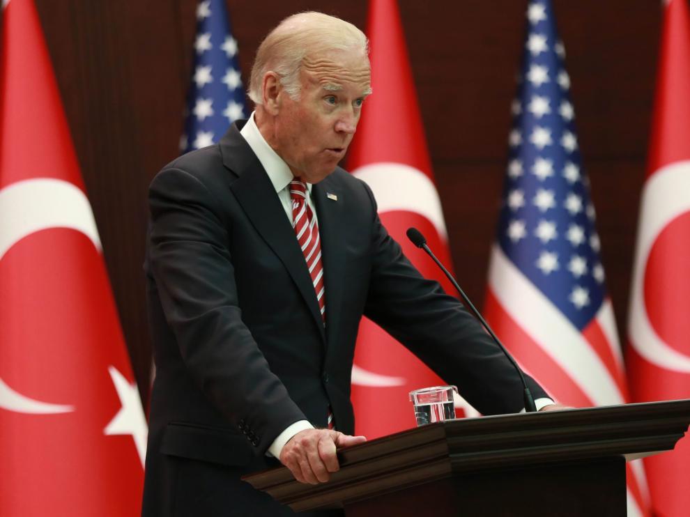 Joe Biden durante una rueda de prensa con el primer ministro de Turquía