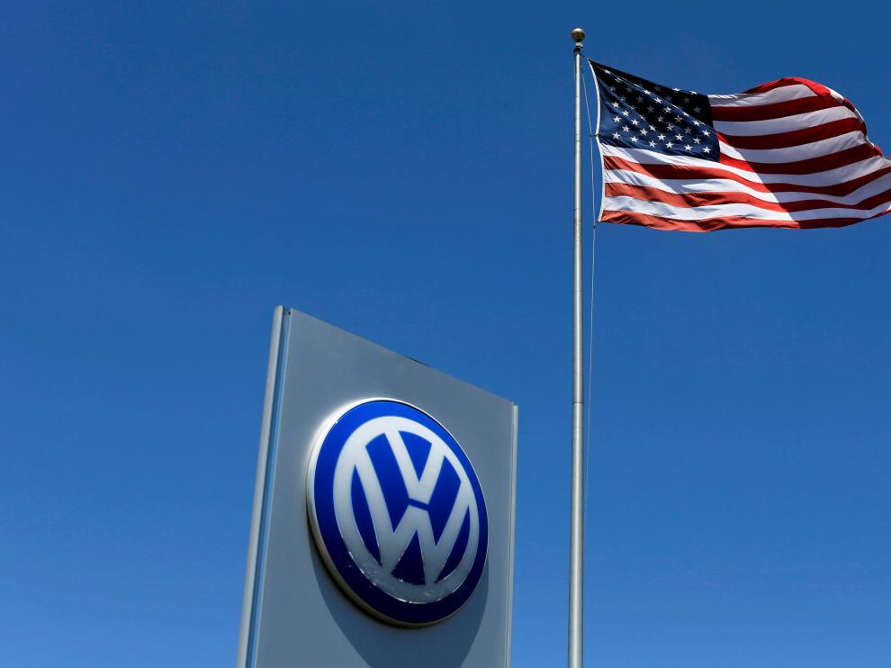 Volkswagen acuerda indemnizar a concesionarios en EEUU por motores trucados