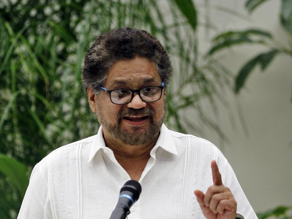 El jefe negociador de lasFARC, IvánMárquez, durante la firma del acuerdo de paz con el Gobierno colombiano.