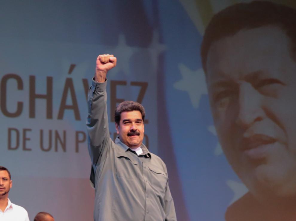 Maduro durante el acto en el que anunció la futura creación de una película y una serie biográficas sobre Hugo Chávez.