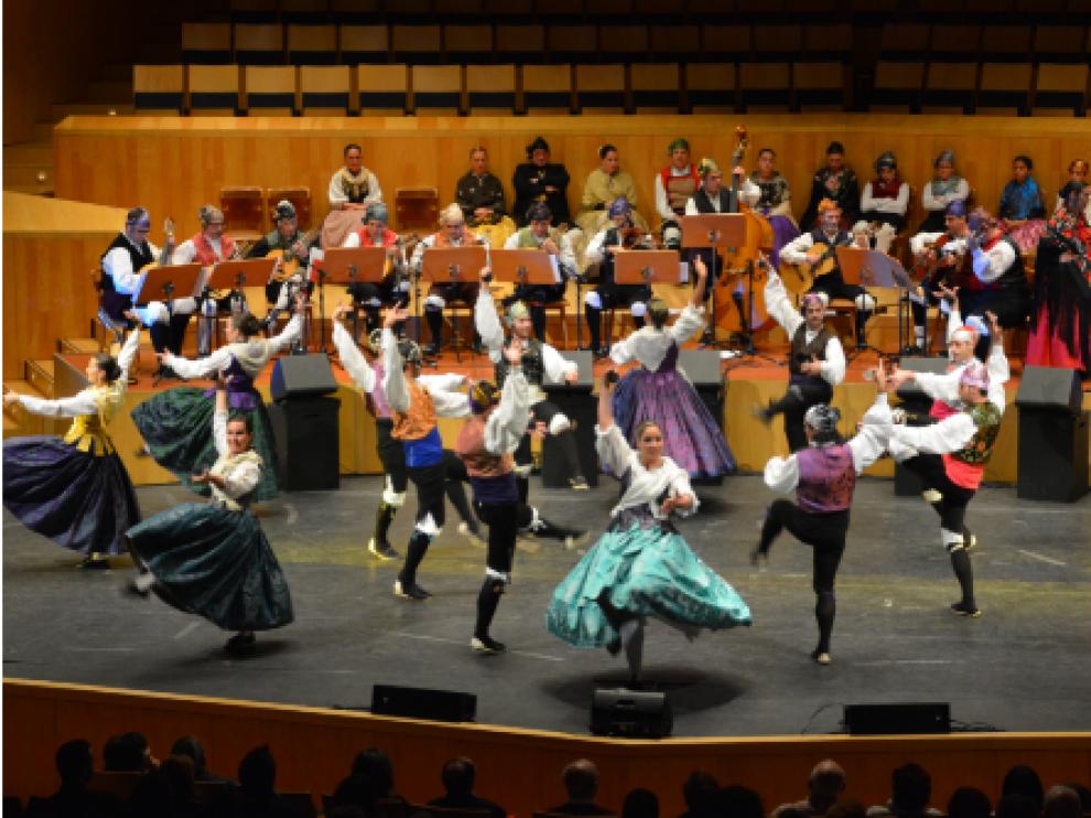 Raíces de Aragón es uno de los grupos participantes que organiza el encuentro.