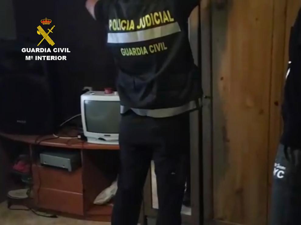 Momento de la detención por parte de la Guardia Civil
