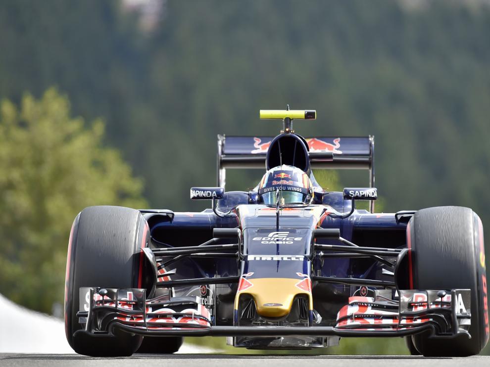 Carlos Sainz en el circuito de Spa.