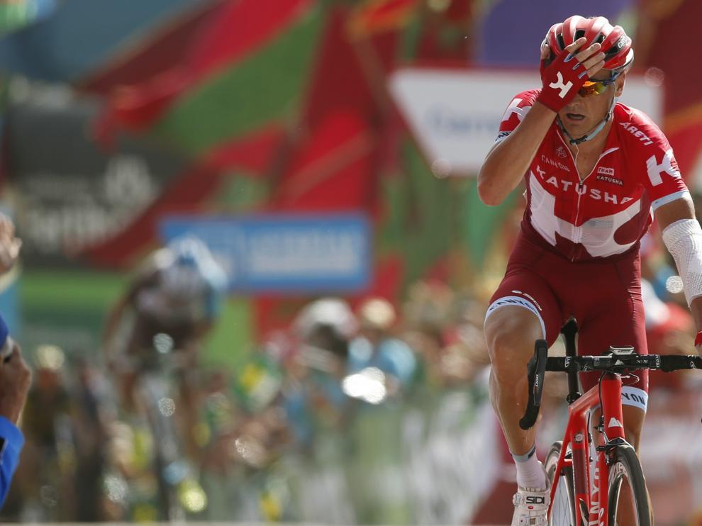 Lagutin celebra su victoria de etapa