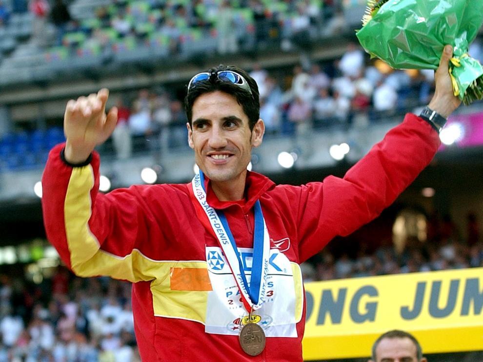 Aquel 26 de agosto de 2003 el montisonense Eliseo Martín se colgó el bronce en los 3.000 obstáculos en el Mundial de París