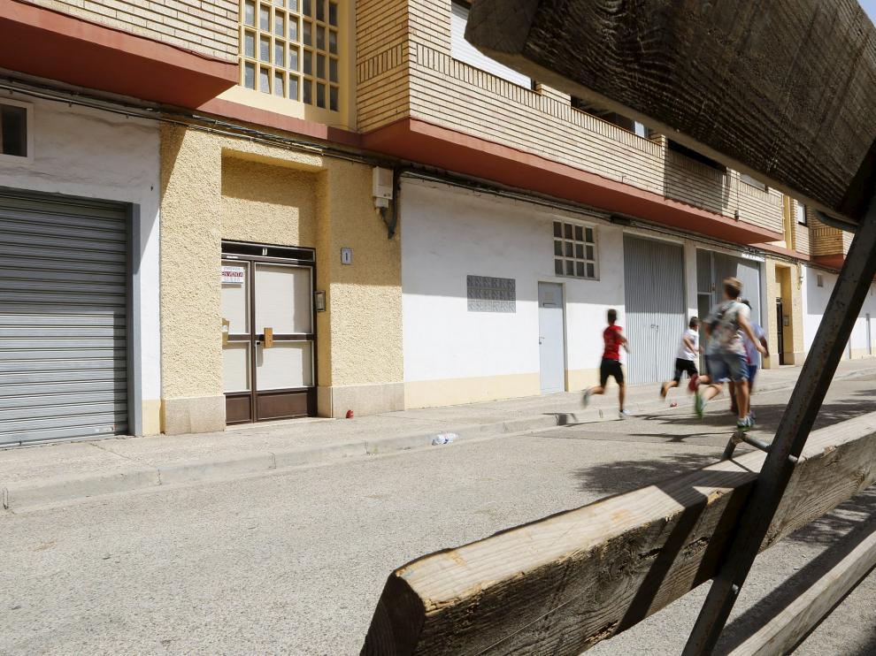 Los encierros concluyeron el sábado, pero las vallas de protección aún seguían ayer en la calle.