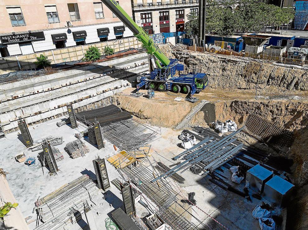 Las obras en el solar frente al Pilar se encuentran en plena fase de cimentación.