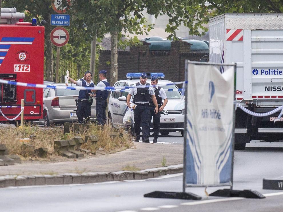 Investigación policial en los alrededores del Instituto Nacional de Criminología de Bruselas.