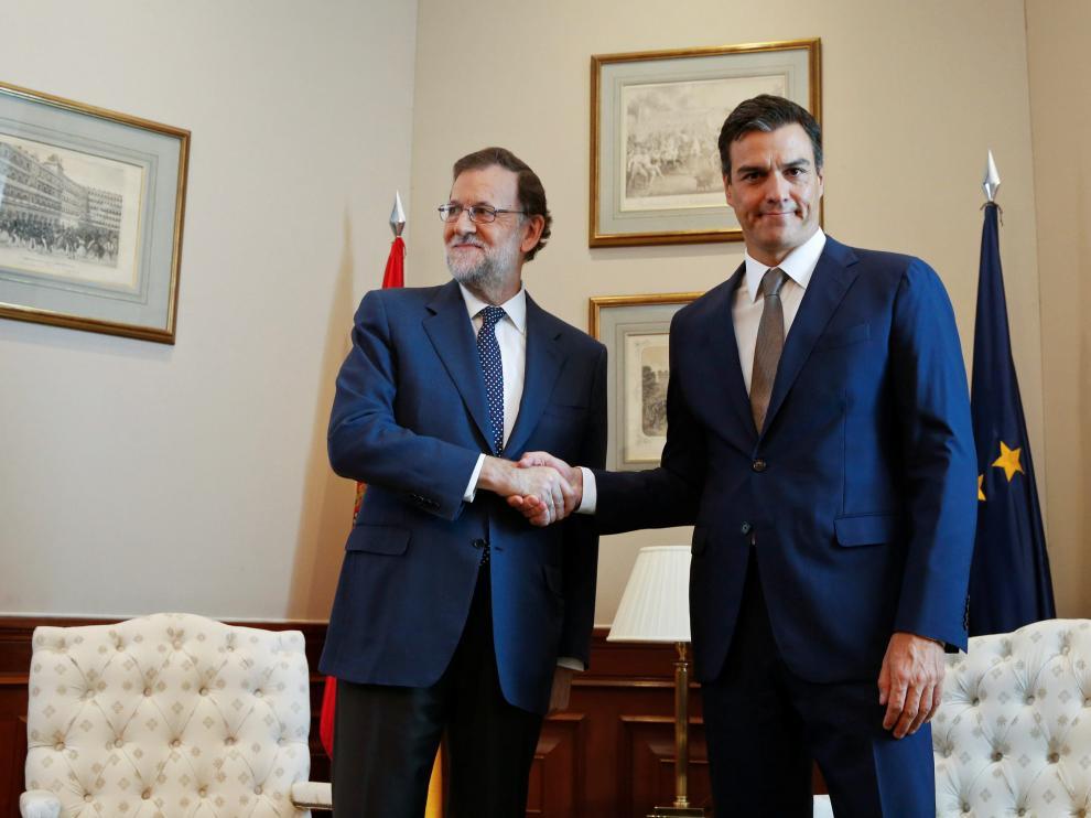 Rajoy y Sánchez se han reunido este lunes en el Congreso.