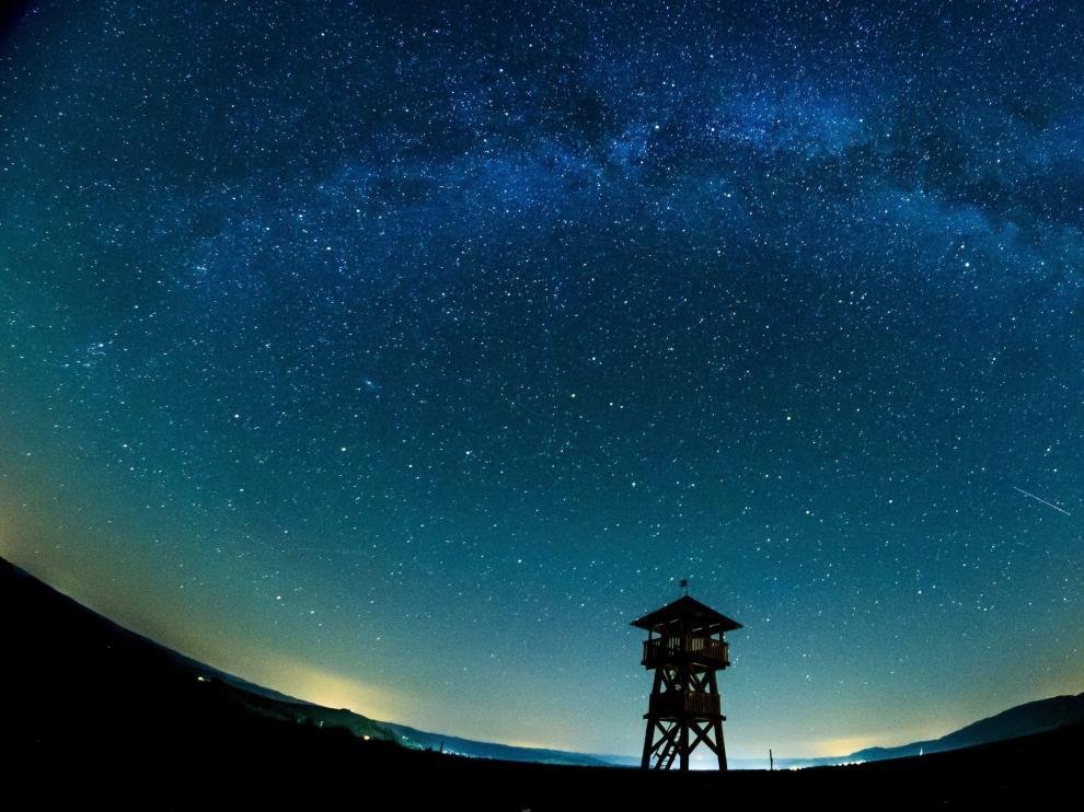 La Vía Láctea vista sobre la frontera de Hungría