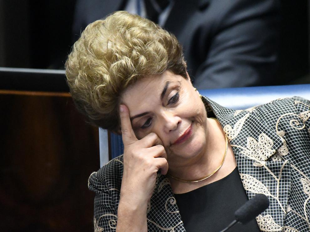 Dilma Rousseff en el Senado de Brasil durante uno de los debates.