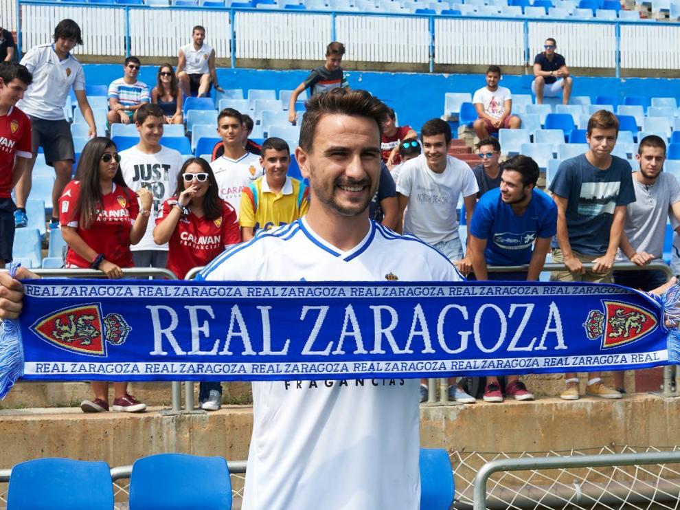 Presentación de Juan Muñoz como jugador del Real Zaragoza