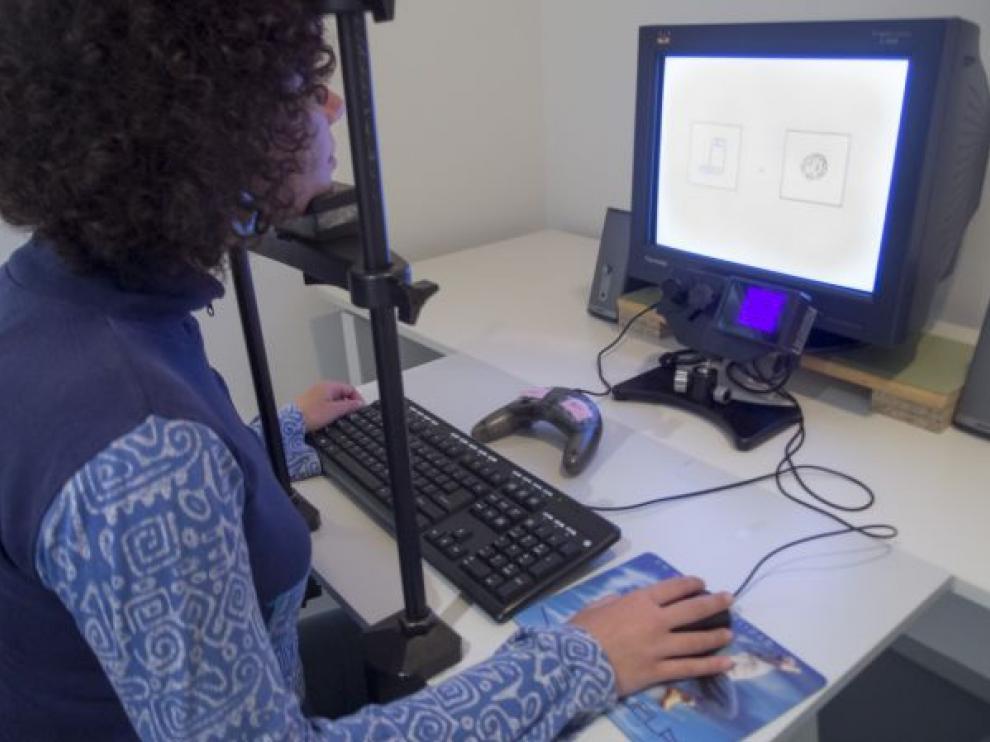 El 'eye tracking' es una técnica bastante accesible ya que además de usarse en ordenadores también se puede utilizar en dispositivos móviles y tabletas.
