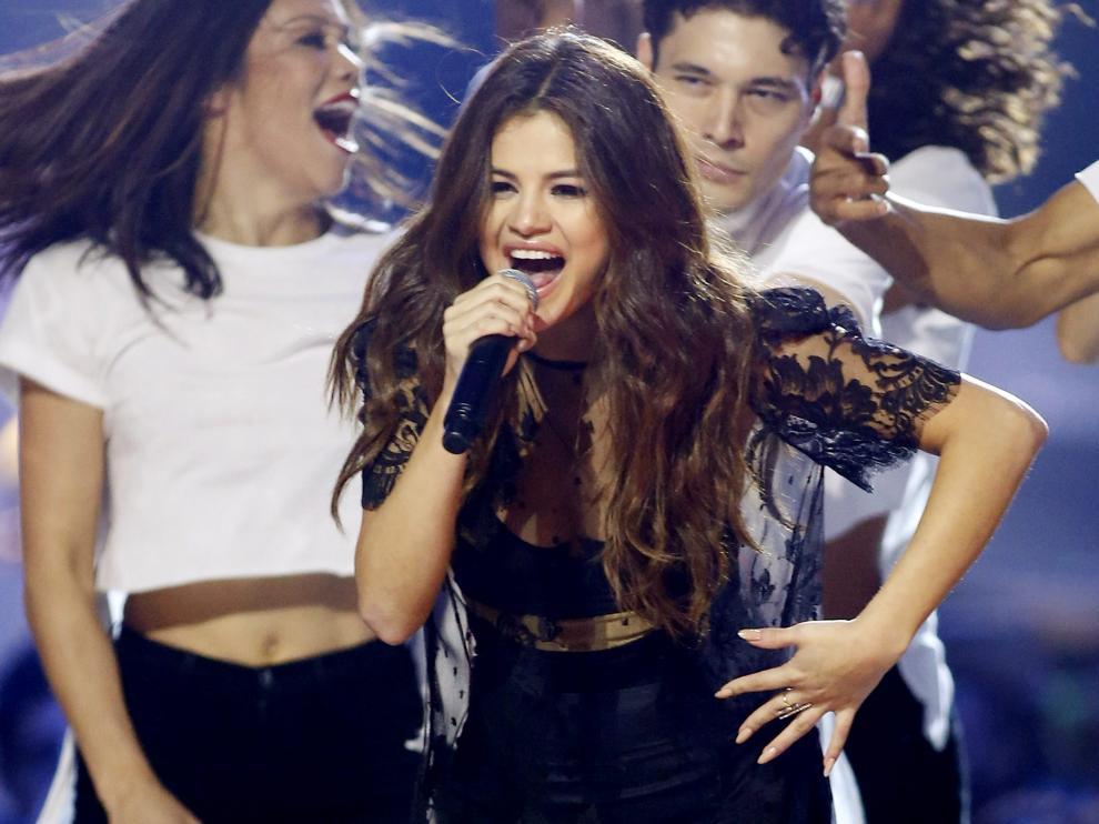Foto archivo de Selena Gomez durante un concierto