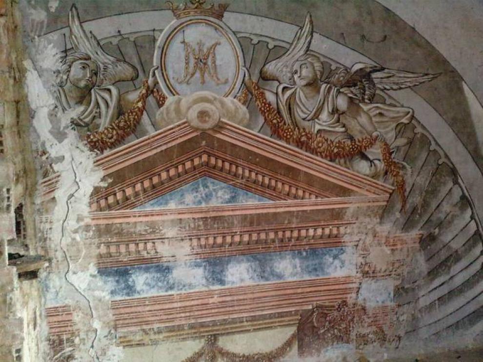 Pinturas murales de la ermita de Los Palacios, en La Almunia, derruida hace unas semanas