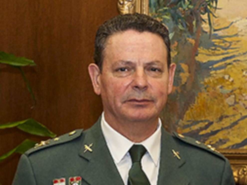 Laurentino Ceña.