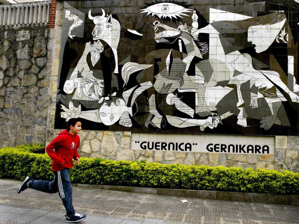 Se cumplen 35 años de la llegada del 'Guernica' de Picasso a España