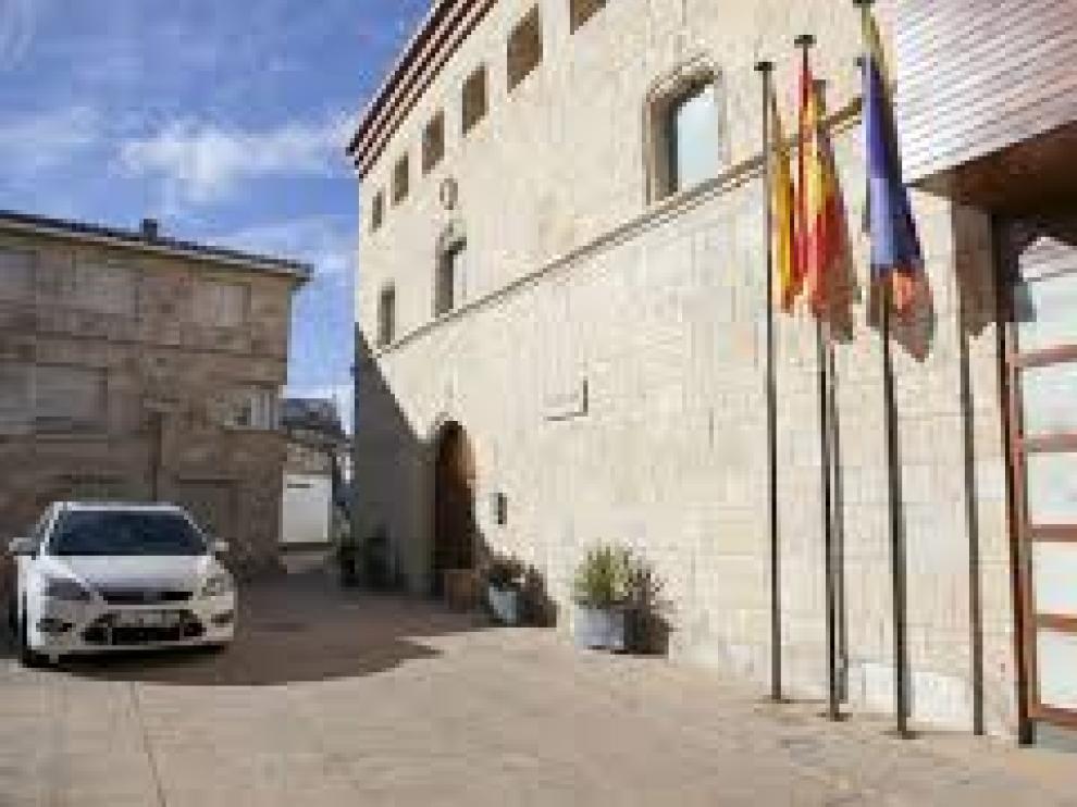 Fachada del Ayuntamiento de La Muela.