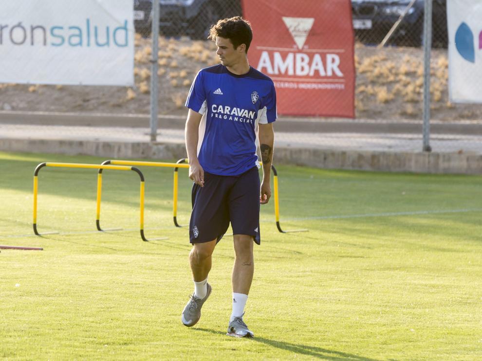 Erik Morán, durante el entrenamiento de ayer del Real Zaragoza.