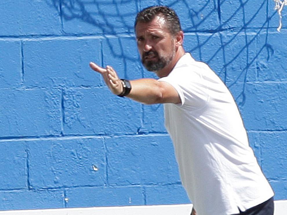 Emilio Larraz, entrenador del CD Ebro