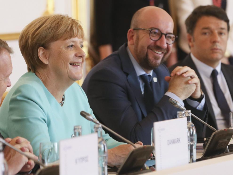 Angela Merkel (Alemania), Charles Michel (Bélgica) y Matteo Renzi (Italia) en la cumbre de Bratislava.