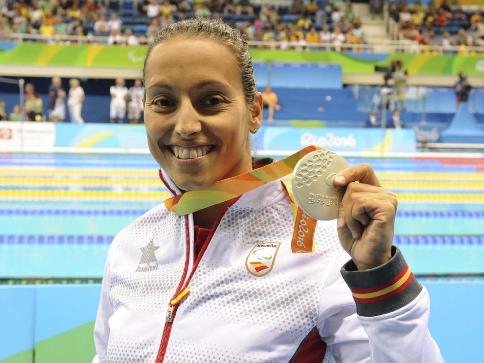 Perales posa con su última medalla.