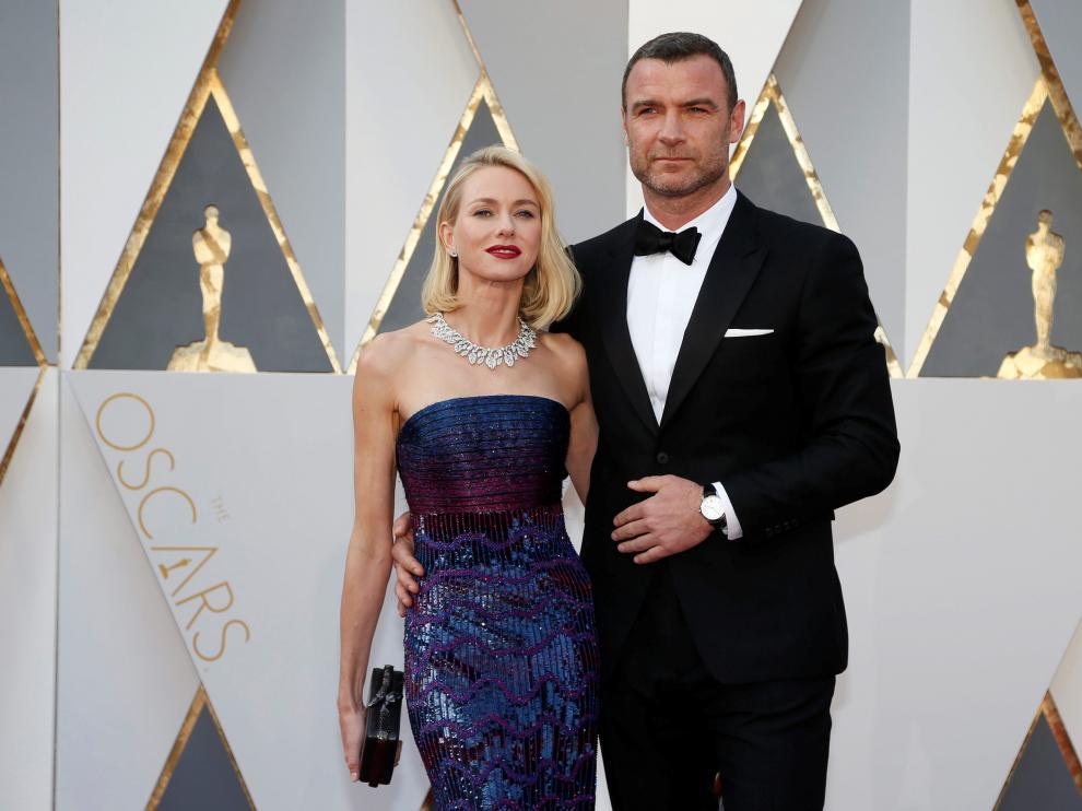 Naomi Watts y Liev Schreiber en la última gala de los Oscar.