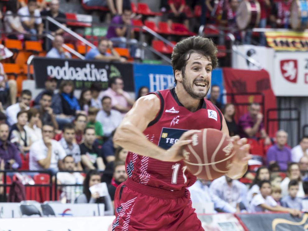 Tomás Bellas, base del Tecnyconta, en el partido ante el Valencia.