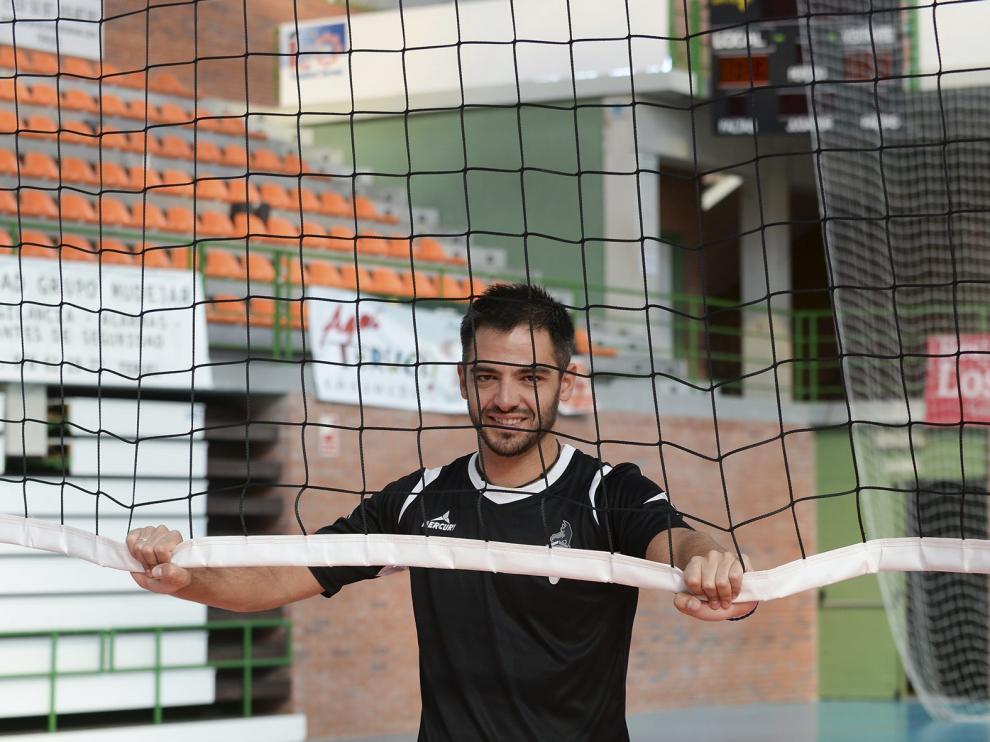 Miguel Rivera, en el pabellón Los Planos de Teruel