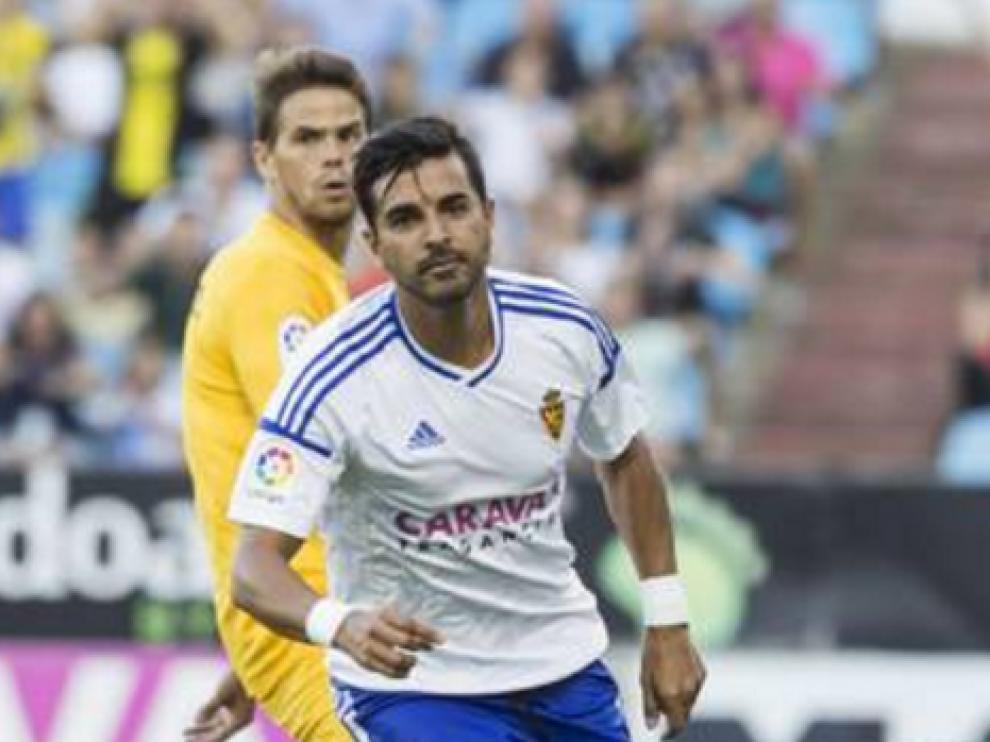 Ángel celebra un gol durante un partido de liga