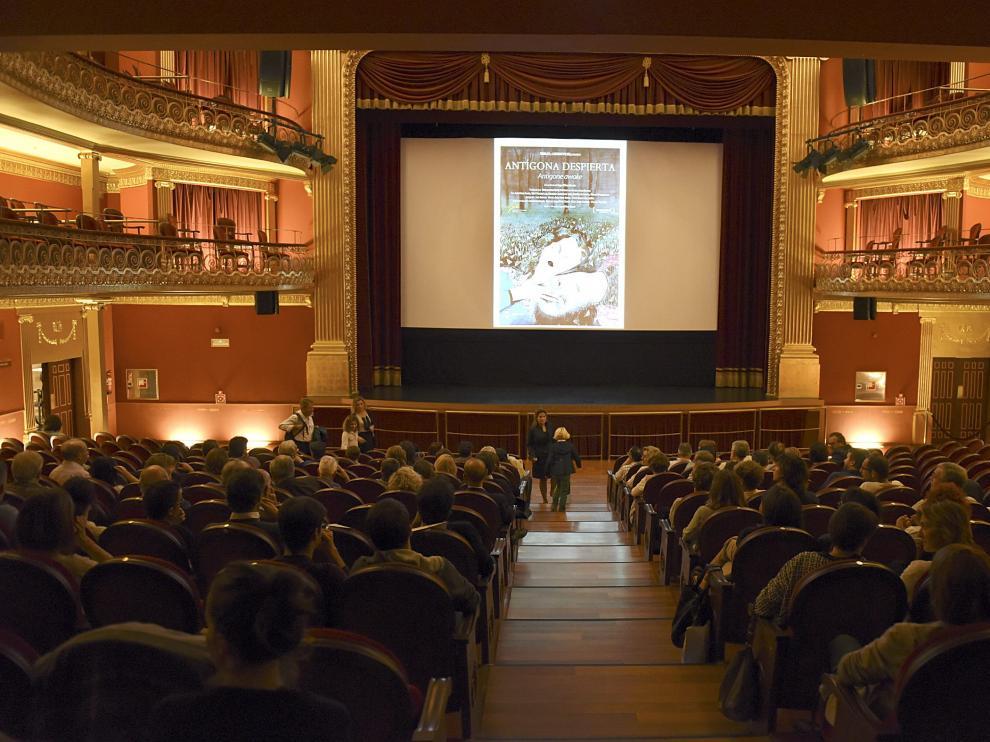 Un momento de la proyección de este jueves en el teatro Olimpia.