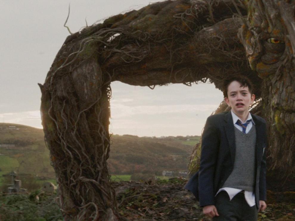 Imagen de la película 'Un monstruo viene a verme' de Bayona.