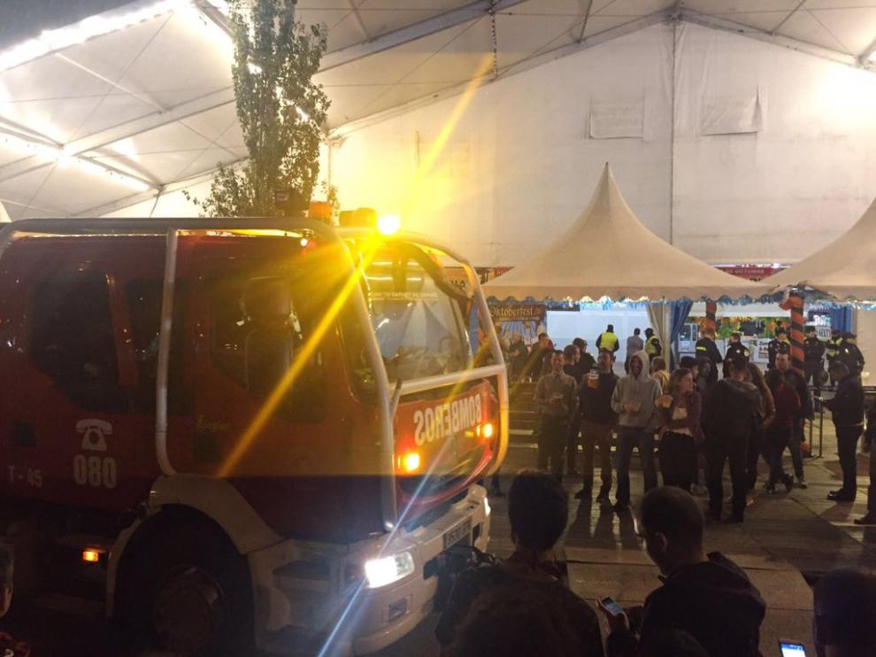 Imagen de la carpa de la Oktoberfest de Valdespartera, donde las pasadas fiestas del pilar la caída de una viga hirió a una mujer.