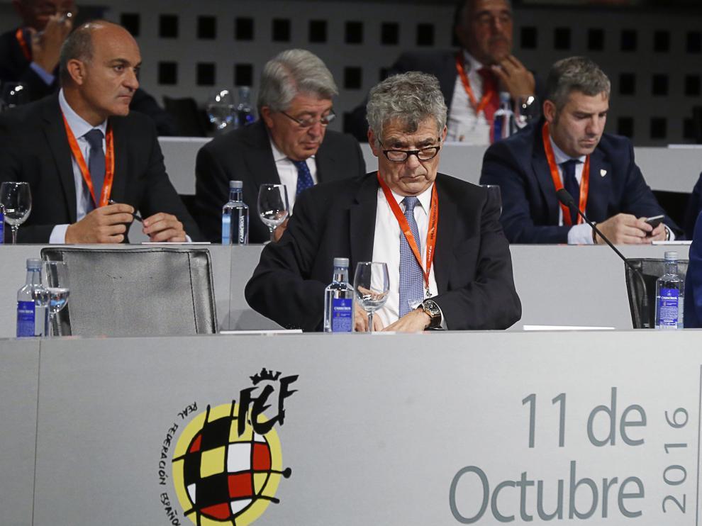 Ángel María Villar, durante una asamblea de la RFEF.