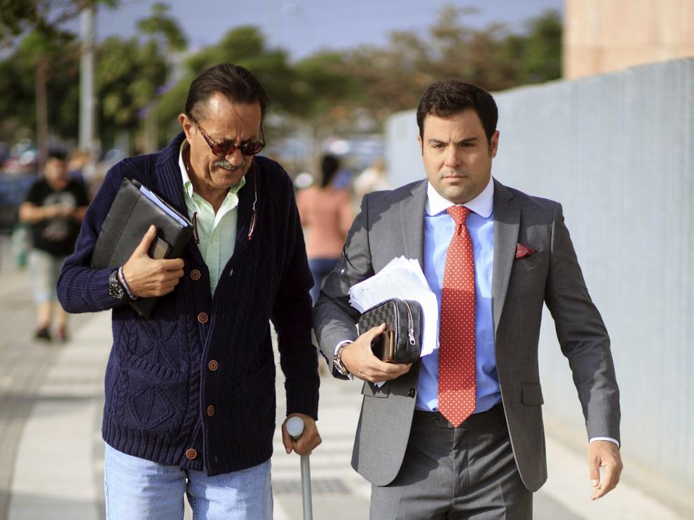Julián Muñoz acude al juicio por el caso Goldfinger
