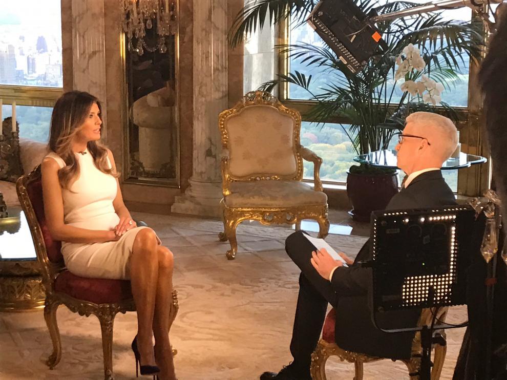 Melania Trump durante una entrevista en la CNN.