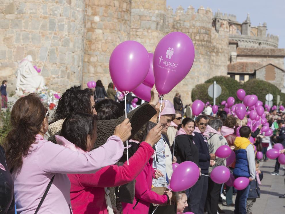 Acto en Ávila por el Día Mundial contra el cáncer de mama.