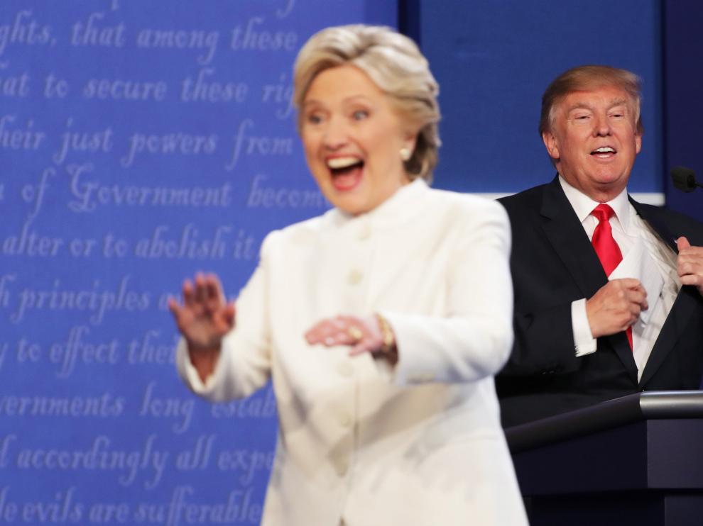 Hillary Clinton y Donald Trump, en su último debate antes de las elecciones.