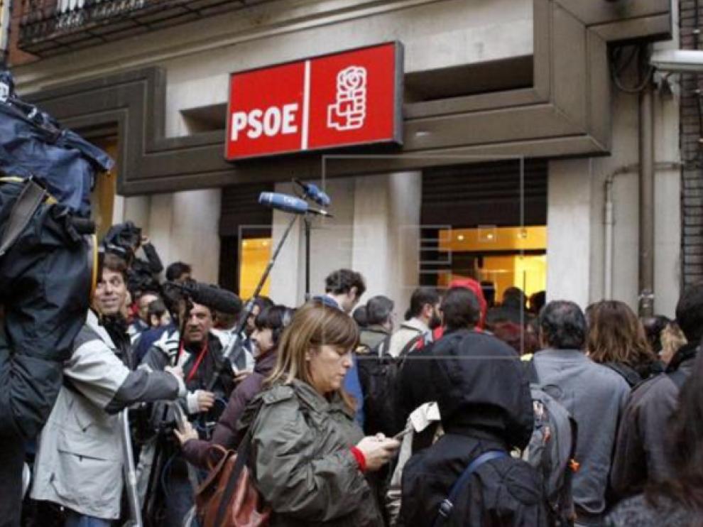 El Comité Federal del PSOE decide sobre el voto a Rajoy