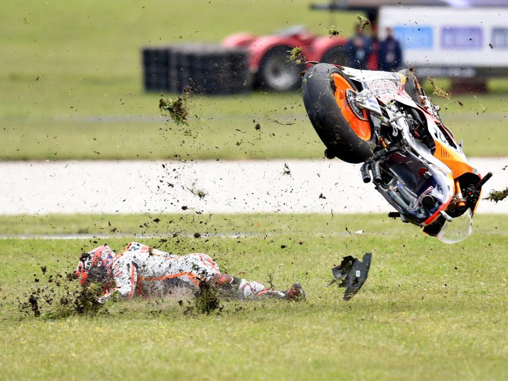 La caída de Márquez permite a Crutchlow sumar su segunda victoria