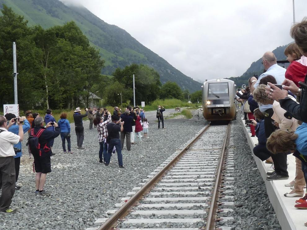 El penúltimo paso, Olorón-Bedous. El tramo que se inauguró el pasado 26 de junio entre Olorón y Bedous -en la imagen- costó 103 millones y fue financiado por el Consejo Regional de Nueva Aquitania.
