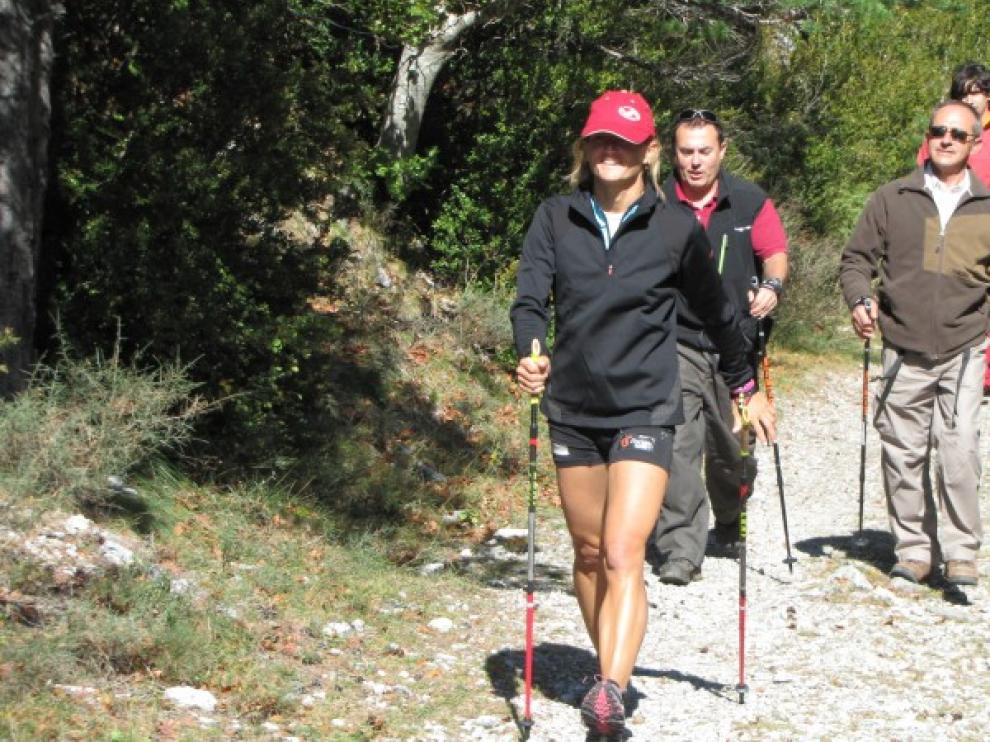 El nordic walking es una modalidad deportiva cada vez más practicada.
