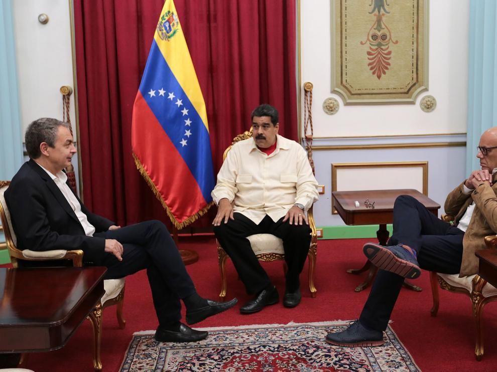 Nicolás Maduro recibe a Zapatero en el Palacio de Miraflores.