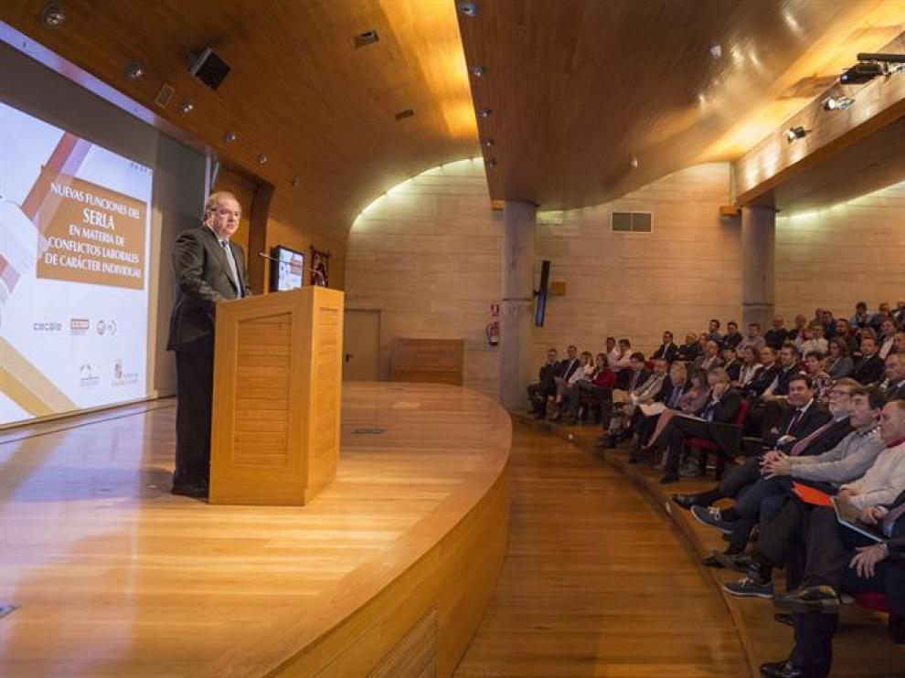 """Herrera ha destacado la """"confianza"""" como clave para que funcione el nuevo sistema resolución de conflictos laborales individuales"""